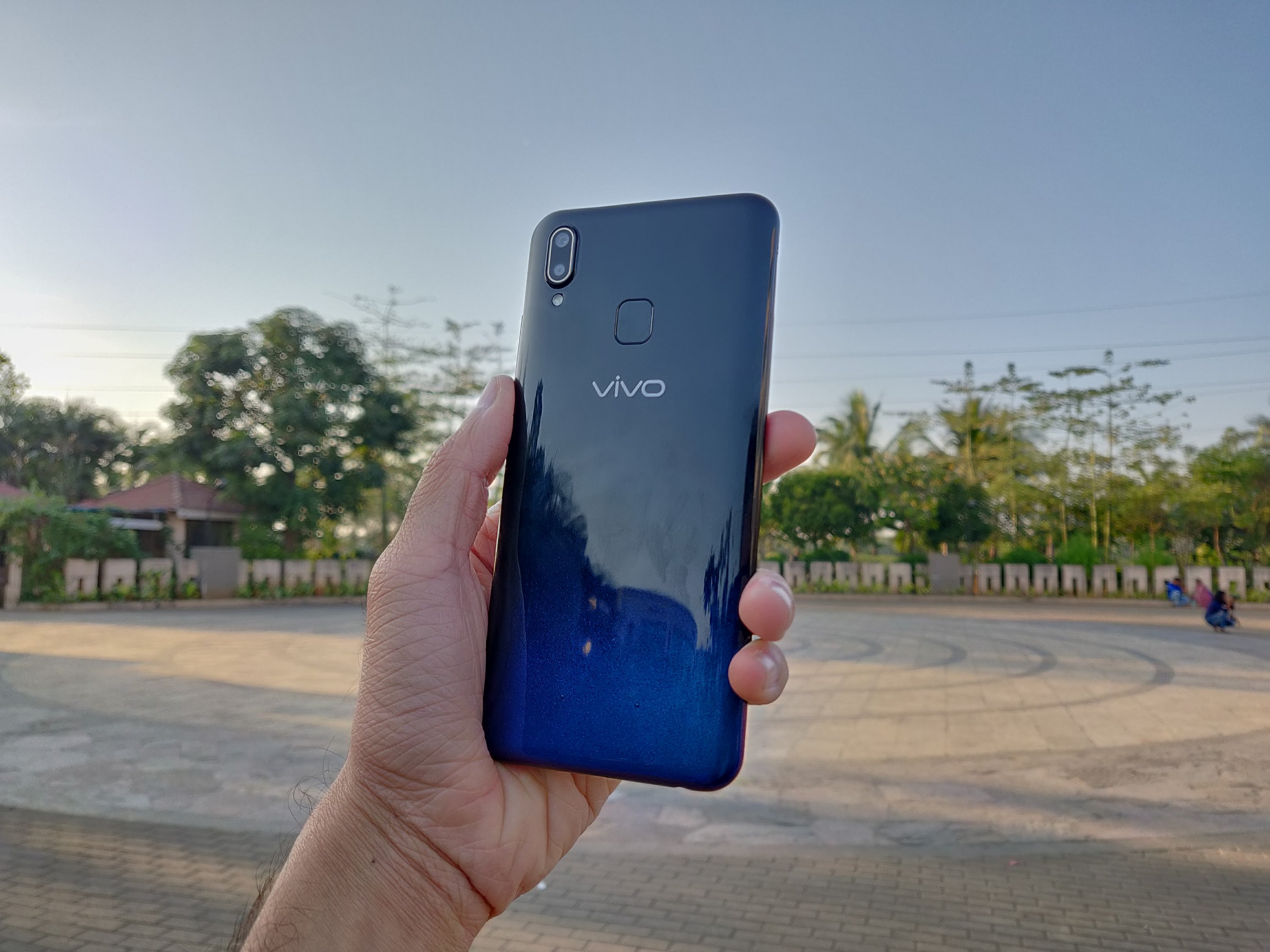 Vivo Y95 Review: Big battery, bigger price tag - EOTO Tech
